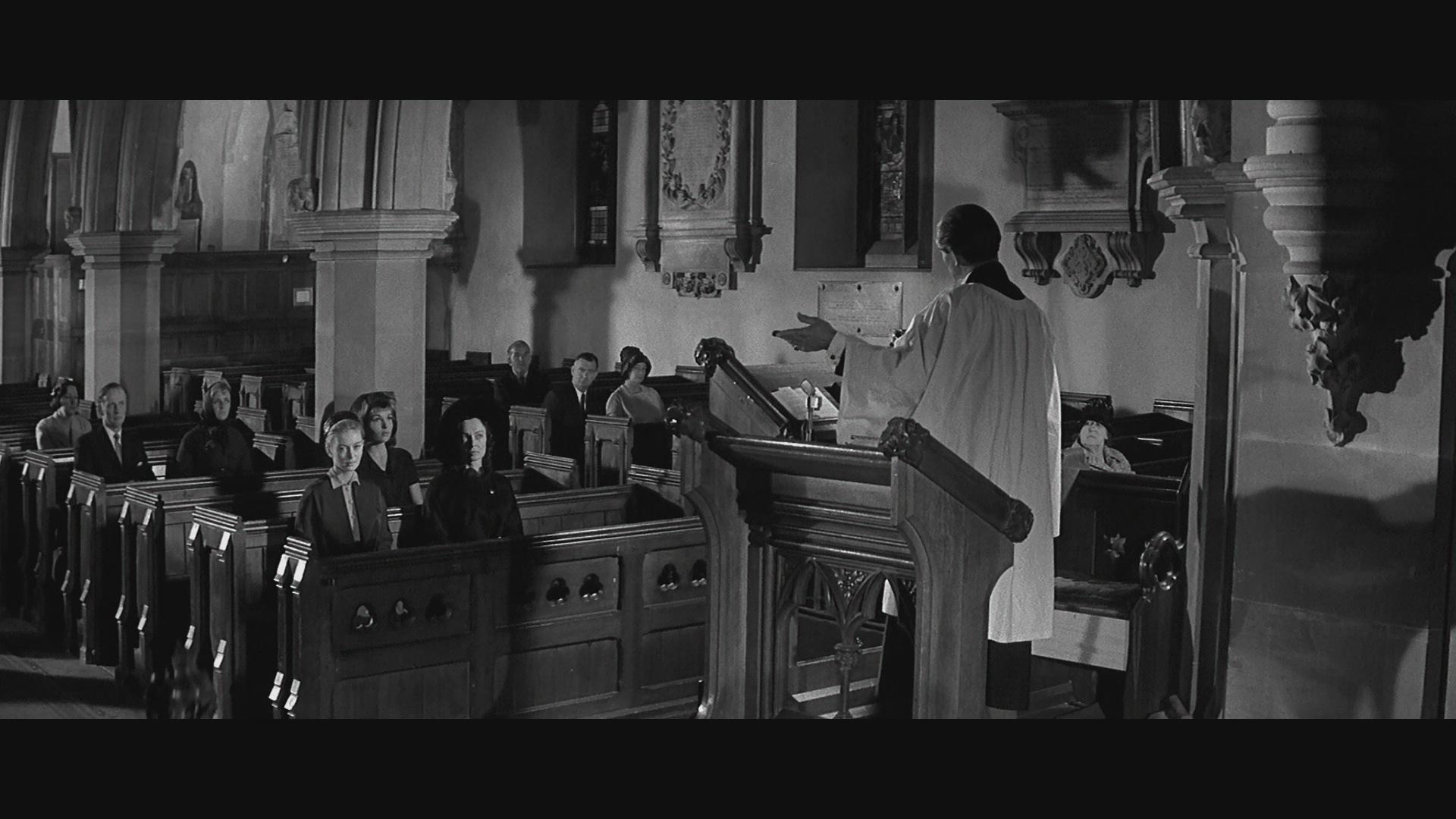 Liliane Brousse, Sheila Burrell, Janette Scott, and Colin Tapley in Paranoiac (1963)