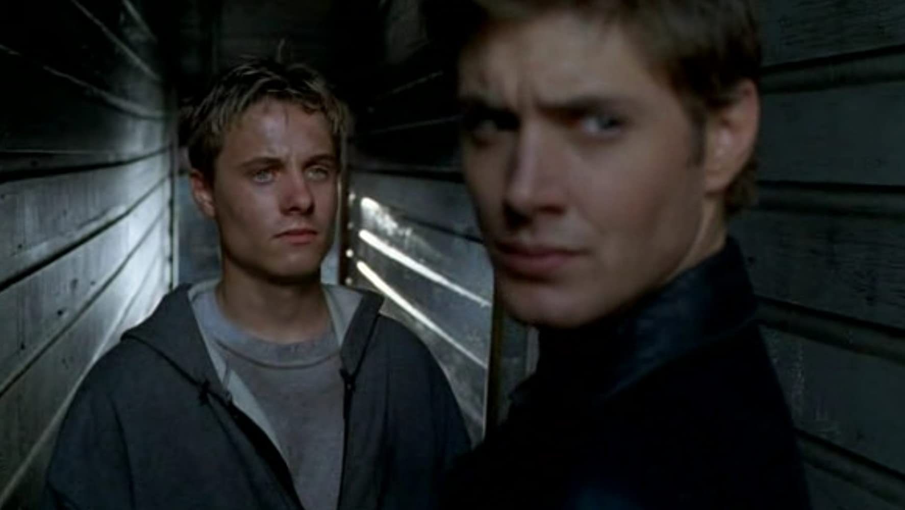Jensen Ackles in Dark Angel (2000)