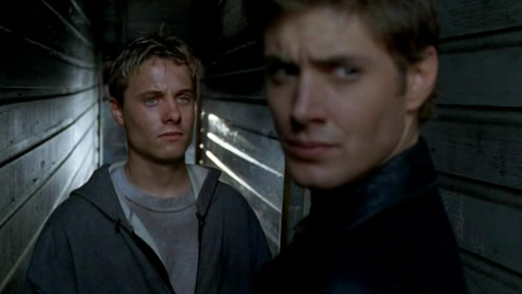 Jensen Ackles in Dark Angel (2000)