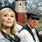 Warren Beatty and Faye Dunaway in Bonnie and Clyde (1967)