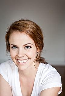 Noémie O'Farrell Picture