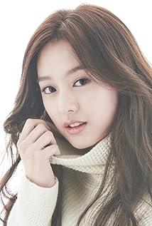 Ji-won Kim - IMDb