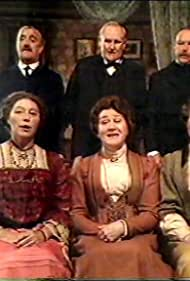 Bernard Cribbins, Rosemary Leach, Patricia Routledge, Prunella Scales, Peter Vaughan, and Timothy West in When We Are Married (1987)