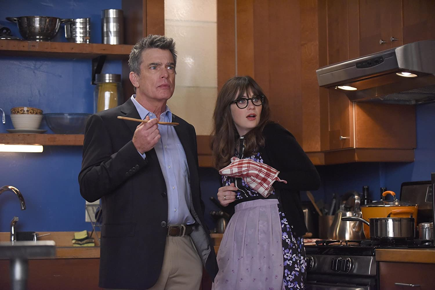 Peter Gallagher and Zooey Deschanel in New Girl (2011)