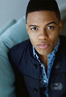 Jon Michael Hill Picture