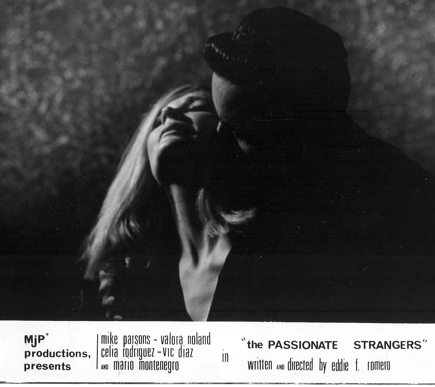Mario Montenegro and Valora Noland in The Passionate Strangers (1966)