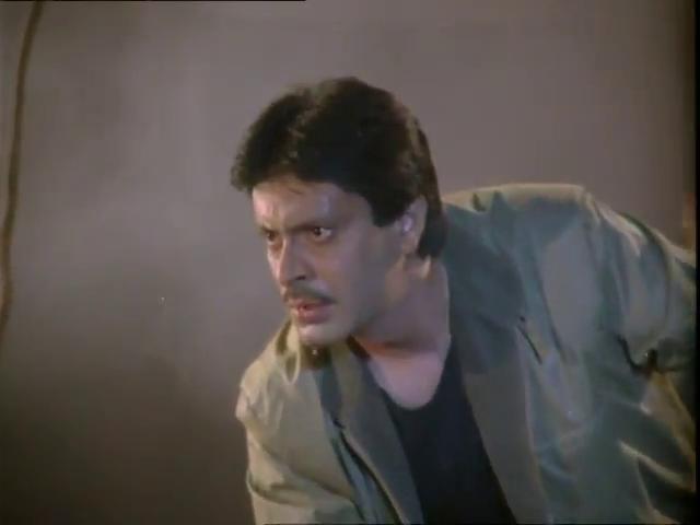Deepak Parashar in Purani Haveli (1989)