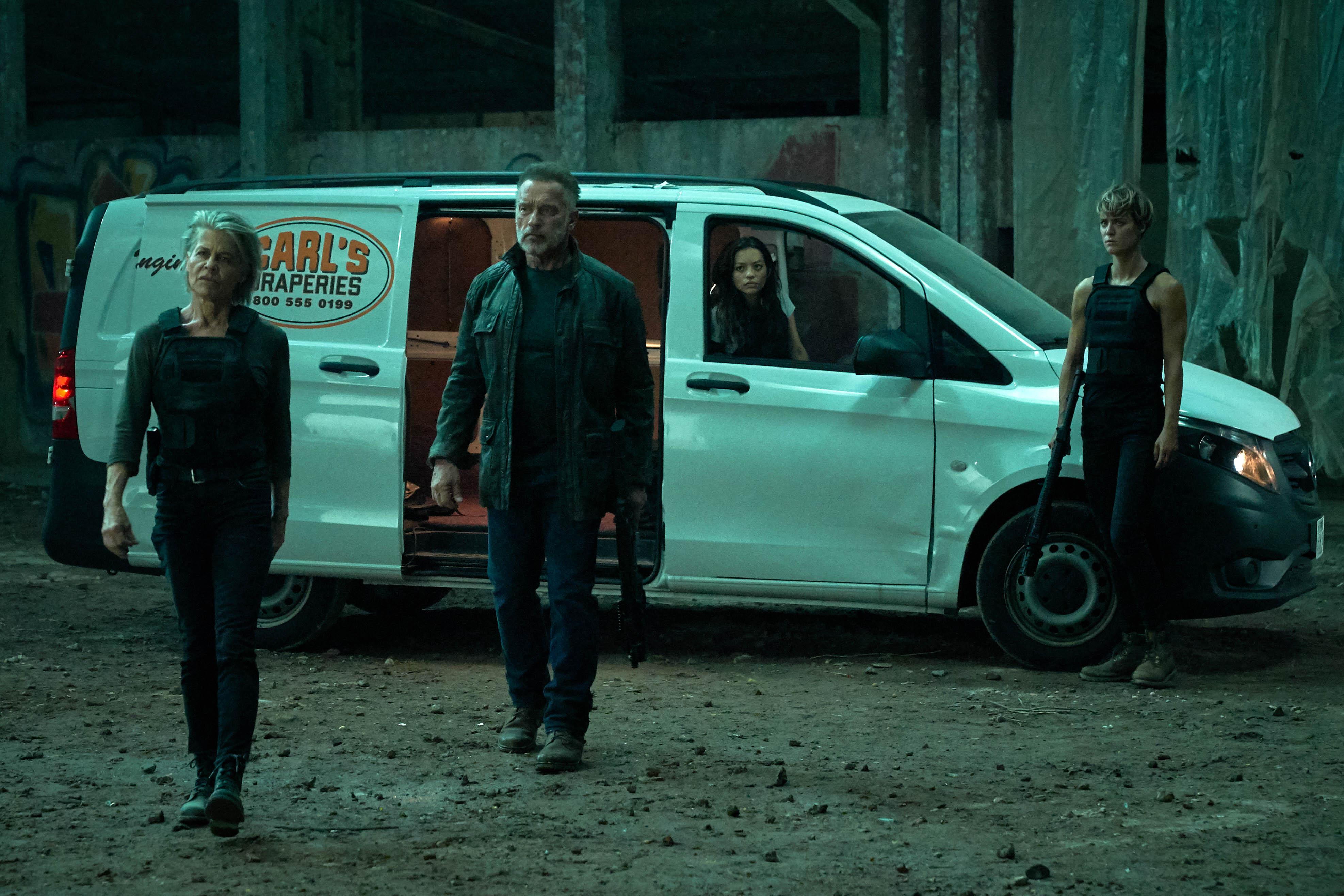Linda Hamilton, Arnold Schwarzenegger, Natalia Reyes, and Mackenzie Davis in Terminator: Dark Fate (2019)