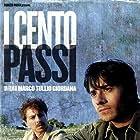 Claudio Gioè and Luigi Lo Cascio in I cento passi (2000)