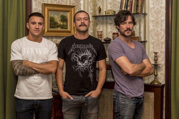 Daniel Grao, Isak Férriz, and Nene in Gigantes (2018)