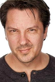 Eric Hanson Picture