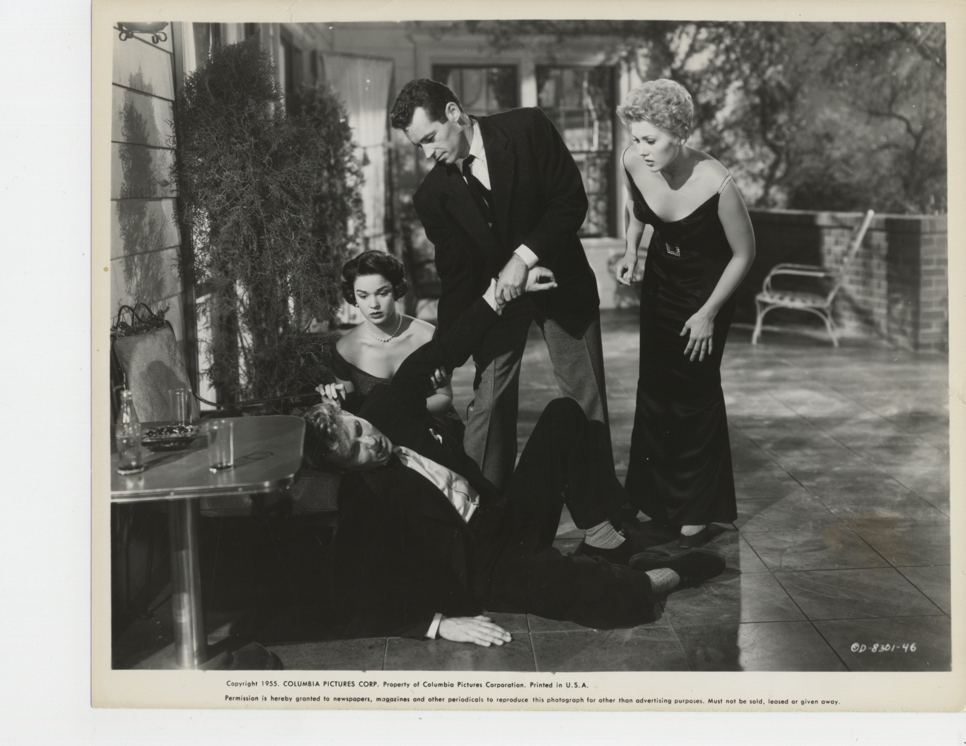 Kim Novak, Kathryn Grant, Guy Madison, and Kerwin Mathews in 5 Against the House (1955)