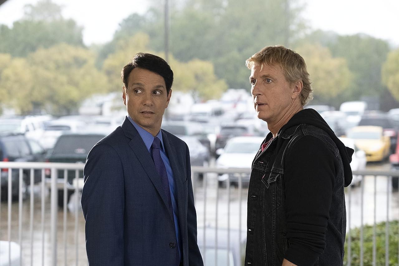 Το Netflix, σαν άλλος Άι Βασίλης, θα προβάλλει νωρίτερα την 3η σεζόν του Cobra Kai!