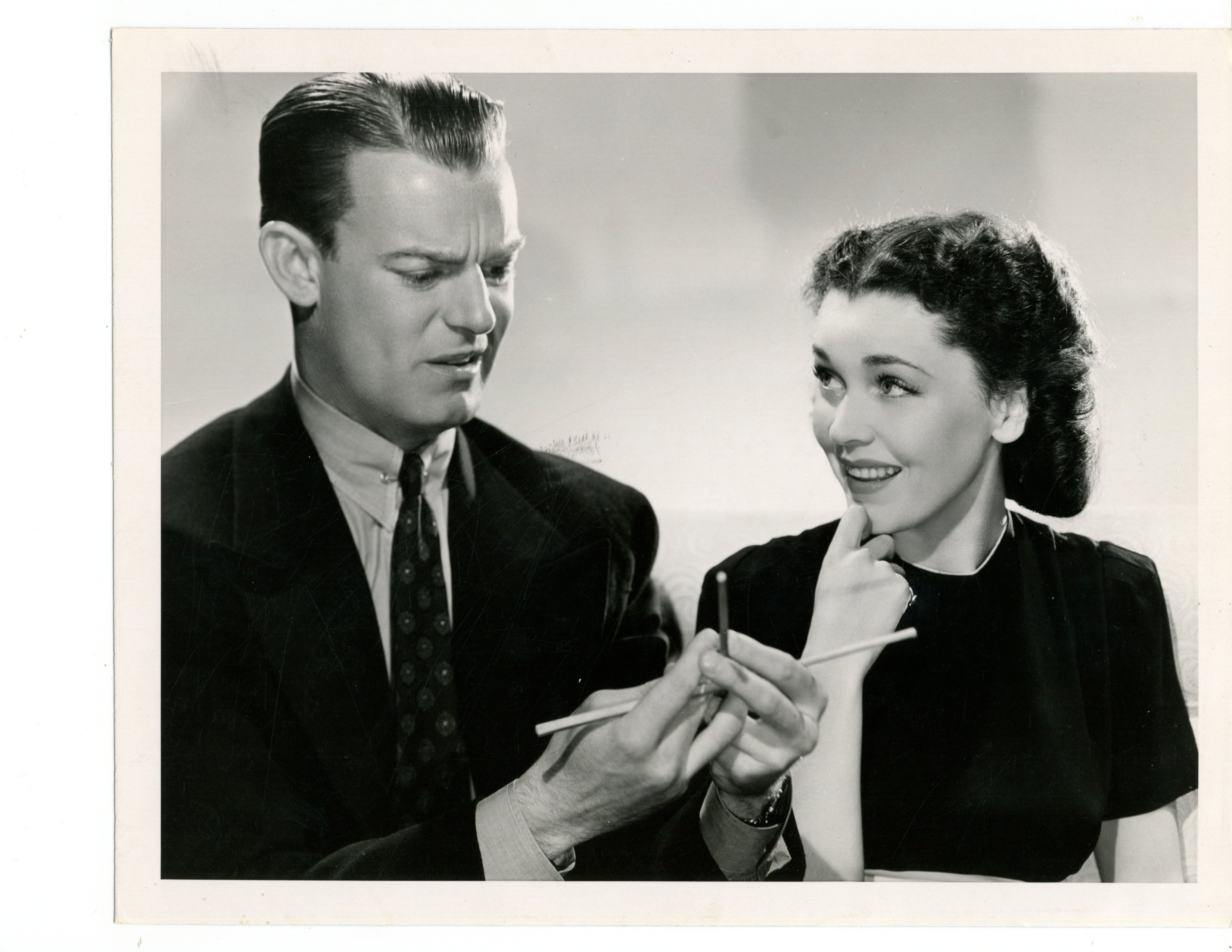 Maureen O'Sullivan and Dennis O'Keefe in Hold That Kiss (1938)