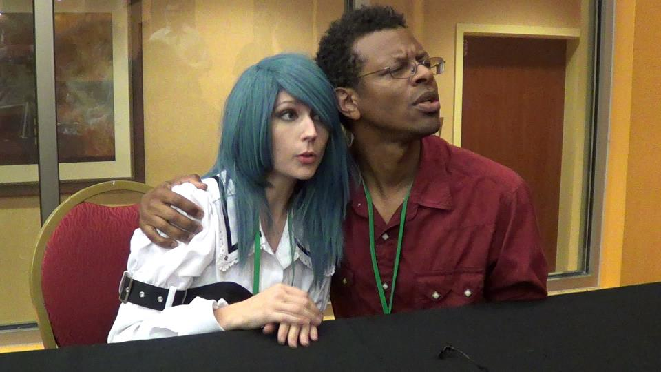 Interviewing Actor/comedian Phil Lamarr at the 2012 Saboten Convention.
