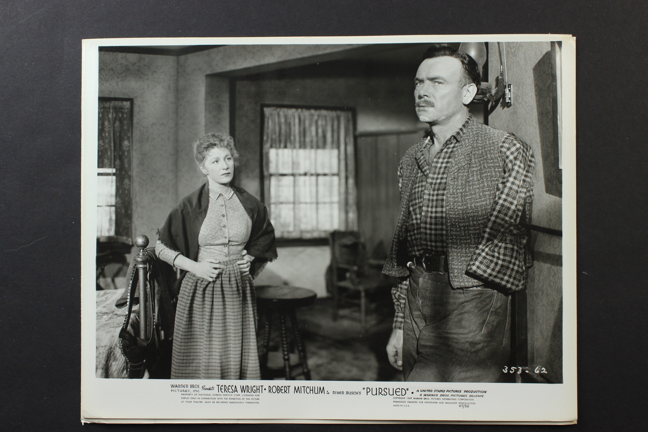 Judith Anderson and Dean Jagger in Pursued (1947)