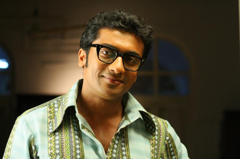 Vaaranam Aayiram (2008) - Photo Gallery - IMDb