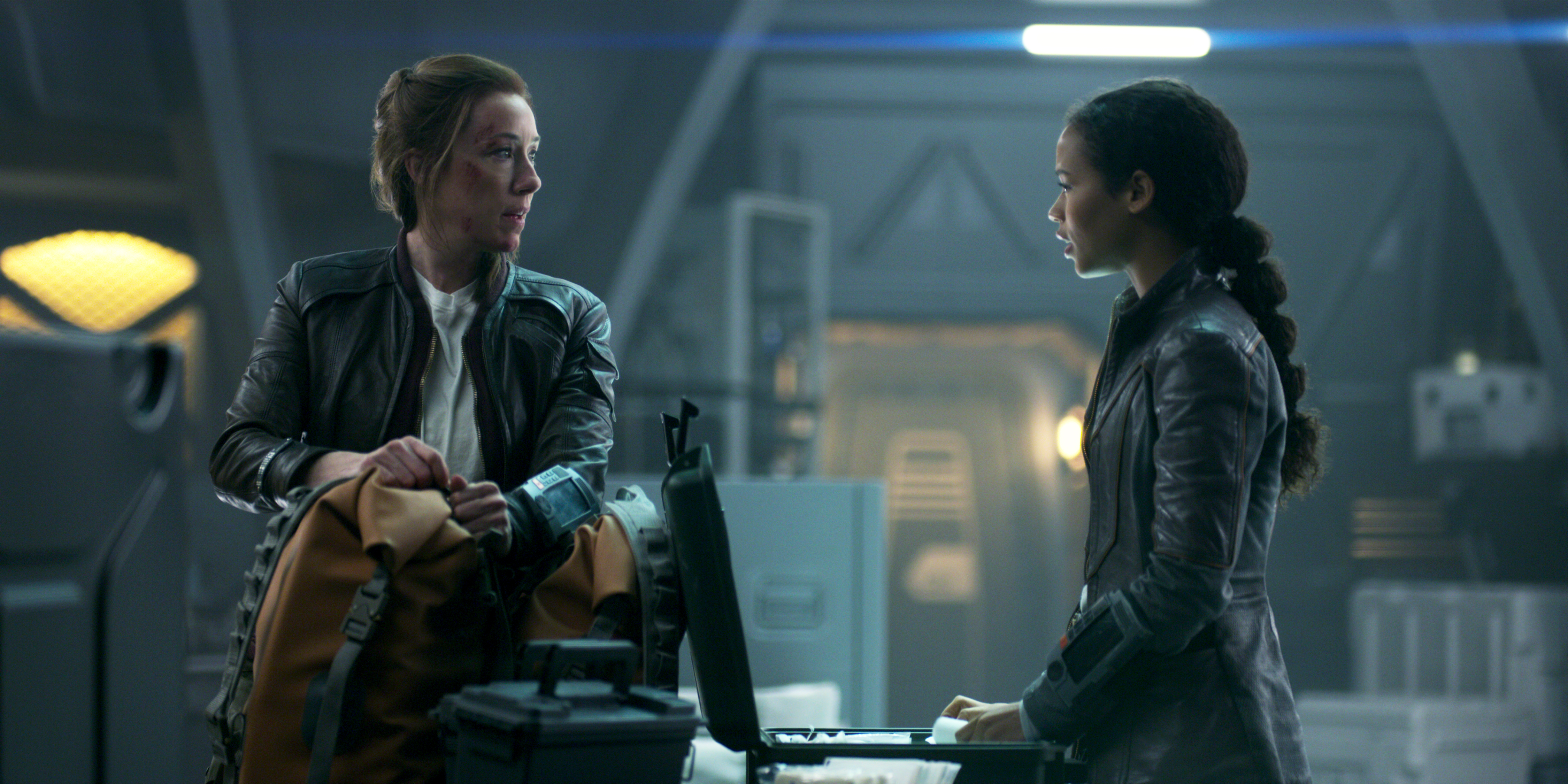 Molly Parker and Taylor Russell in Lost in Space (2018)