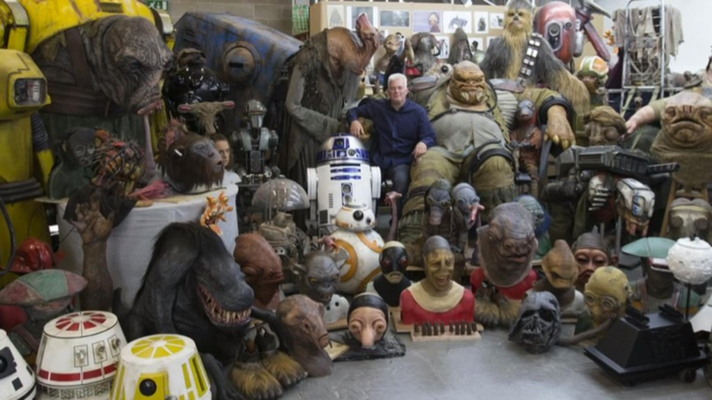 دانلود زیرنویس فارسی فیلم The Force Awakens: Crafting Creatures