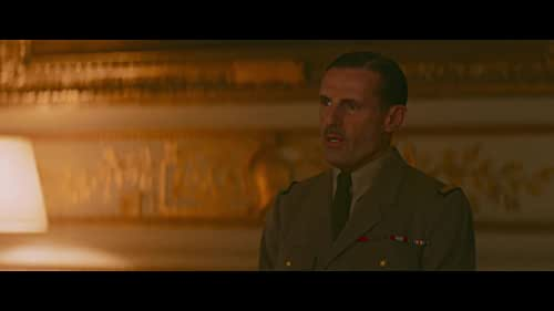 Paris, June 1940. The de Gaulle couple is confronted with the military and political collapse of France. Charles de Gaulle joins London while Yvonne, his wife, finds herself with her three children on the road of the exodus.