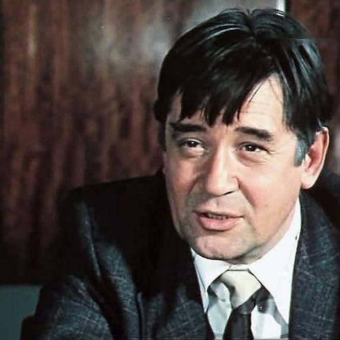 Nikolay Rushkovskiy in Dozhd v chuzhom gorode (1980)