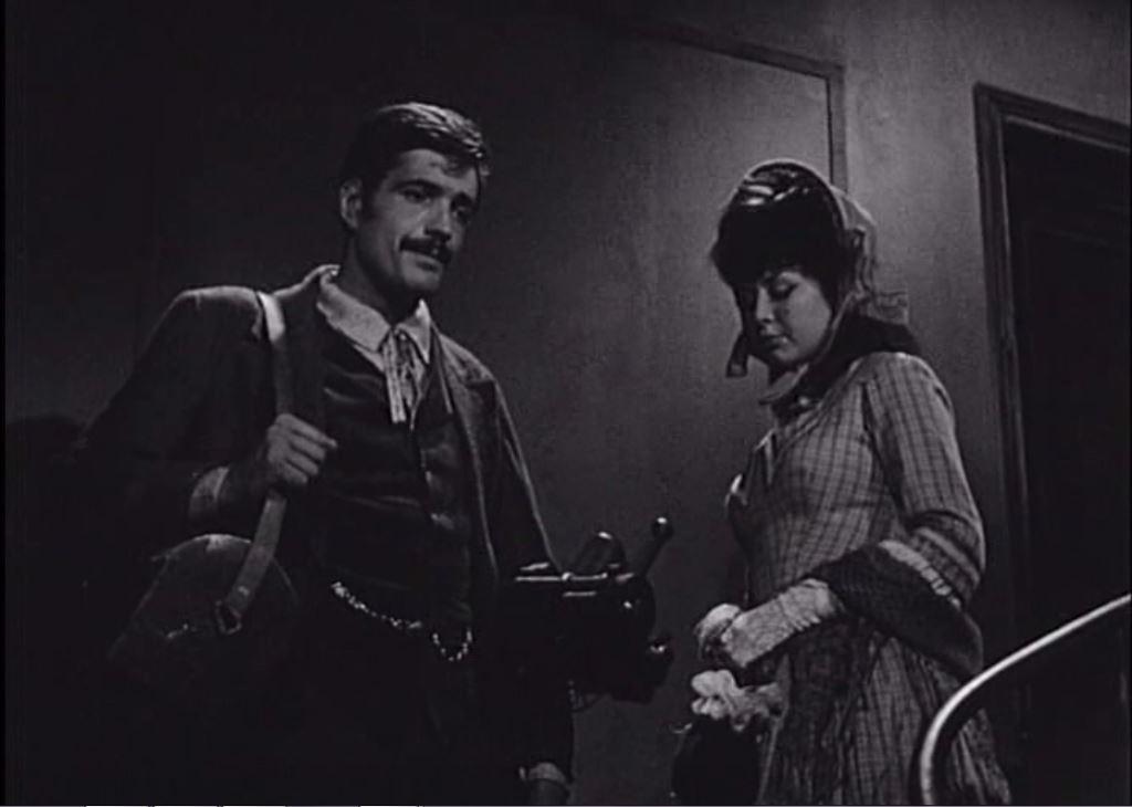 Sylvie Bréal and Jacques Santi in La princesse du rail (1967)