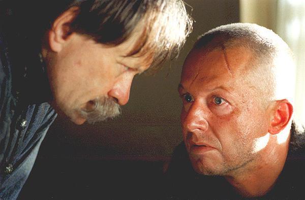 Boguslaw Linda and Andrzej Seweryn in Pan Tadeusz (1999)