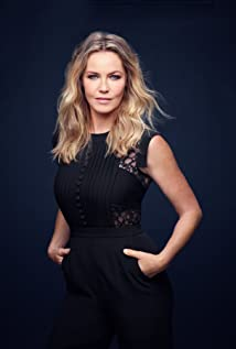 Connie Nielsen Picture