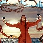 Diane Keaton, Carol Kane, and Kathryn Grody in The Lemon Sisters (1989)