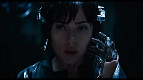 In the near future, Major is the first of her kind: A human saved from a terrible crash, who is cyber-enhanced to be a perfect soldier devoted to stopping the world's most dangerous criminals.