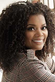 Yvette Nicole Brown Picture