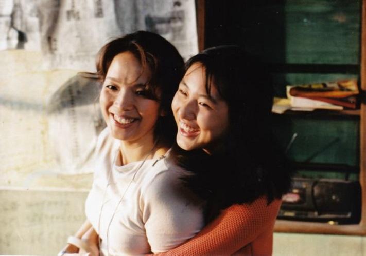 Liping Lü in Jia zhuang mei gan jue (2002)