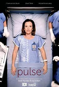 Claire van der Boom in Pulse (2017)