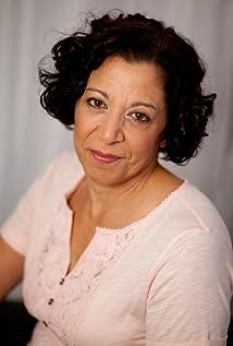 Elaine Adam Picture