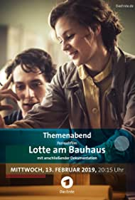 Alicia von Rittberg and Noah Saavedra in Lotte am Bauhaus (2019)