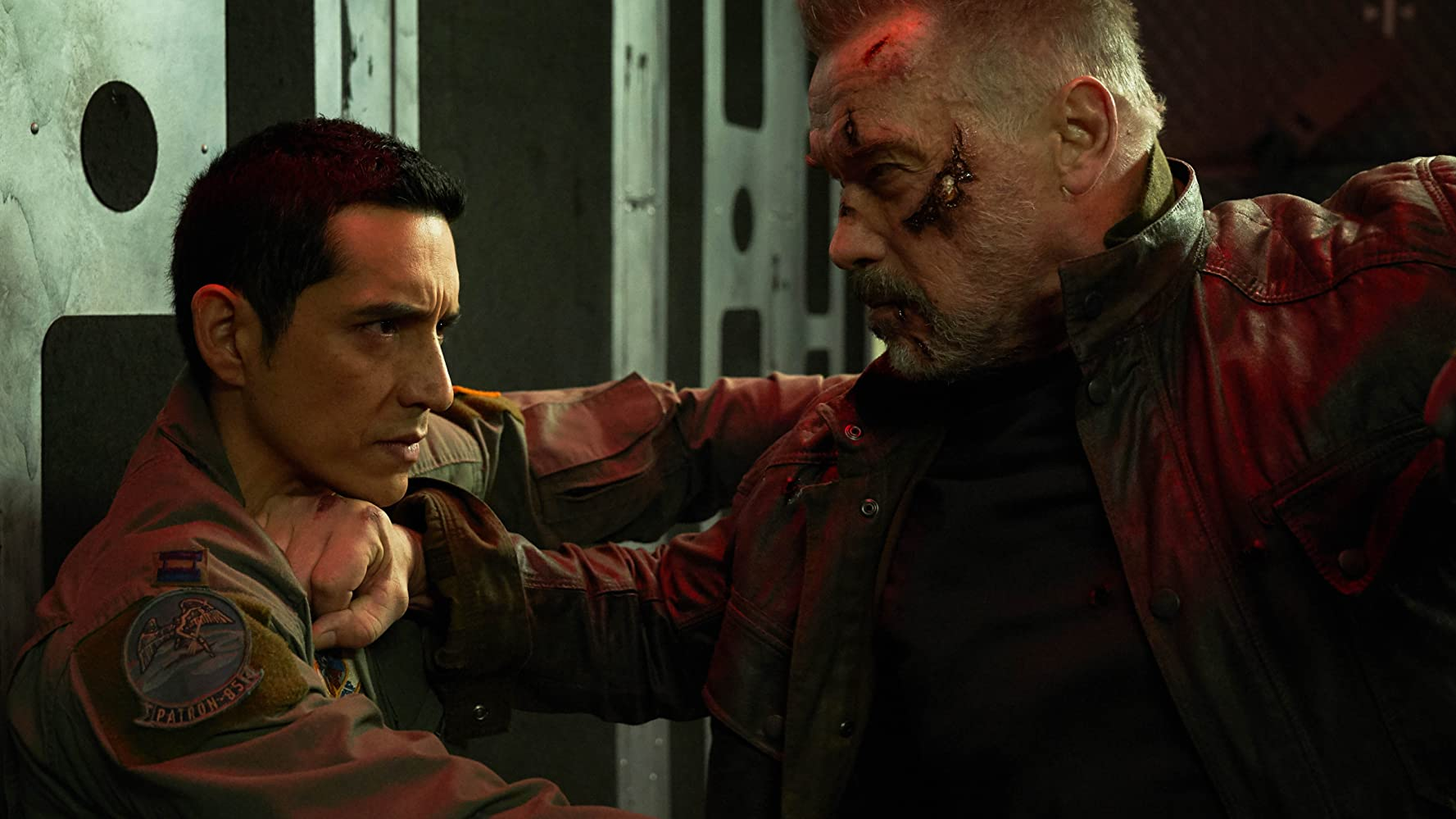 Arnold Schwarzenegger and Gabriel Luna in Terminator: Dark Fate (2019)