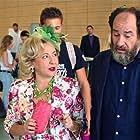 Karra Elejalde and Carmen Machi in Ocho apellidos catalanes (2015)
