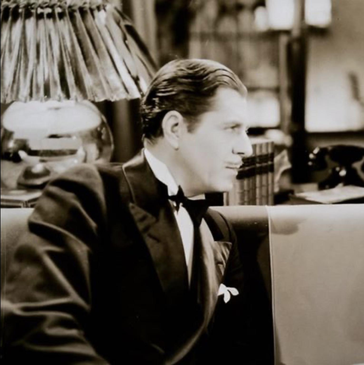 Warner Baxter in Penthouse (1933)