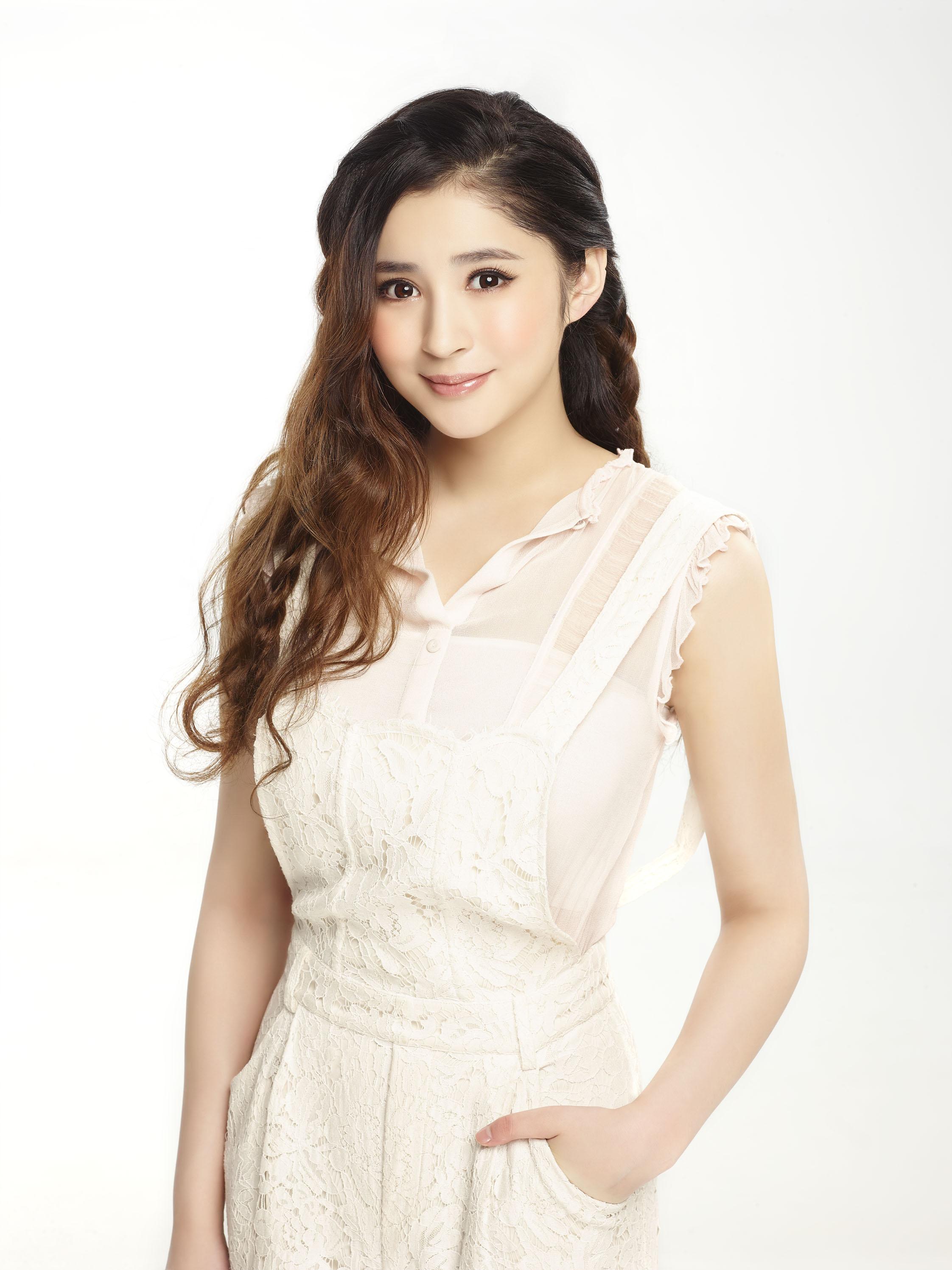 Hsin Ai Lee - IMDb