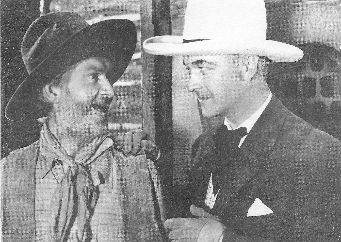 William Boyd and George 'Gabby' Hayes in Bar 20 Rides Again (1935)