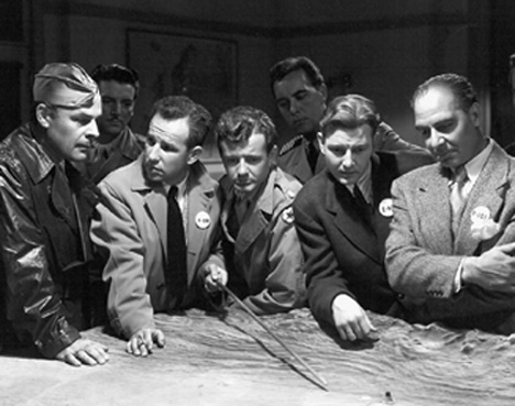 Hume Cronyn, Brian Donlevy, Joseph Calleia, Tom Drake, and Robert Walker in The Beginning or the End (1947)