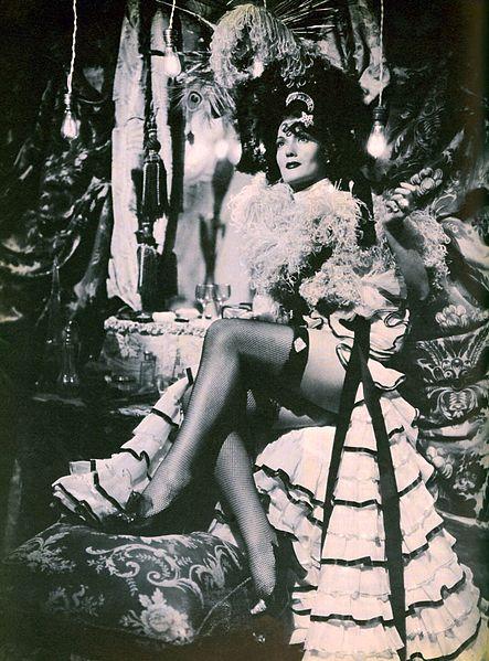Isa Miranda in Zazà (1944)