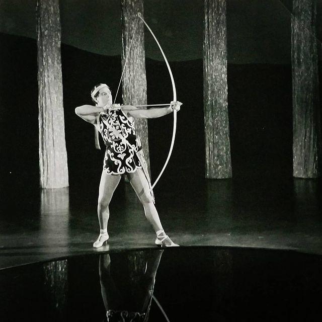 Antonio Moreno in Look Your Best (1923)