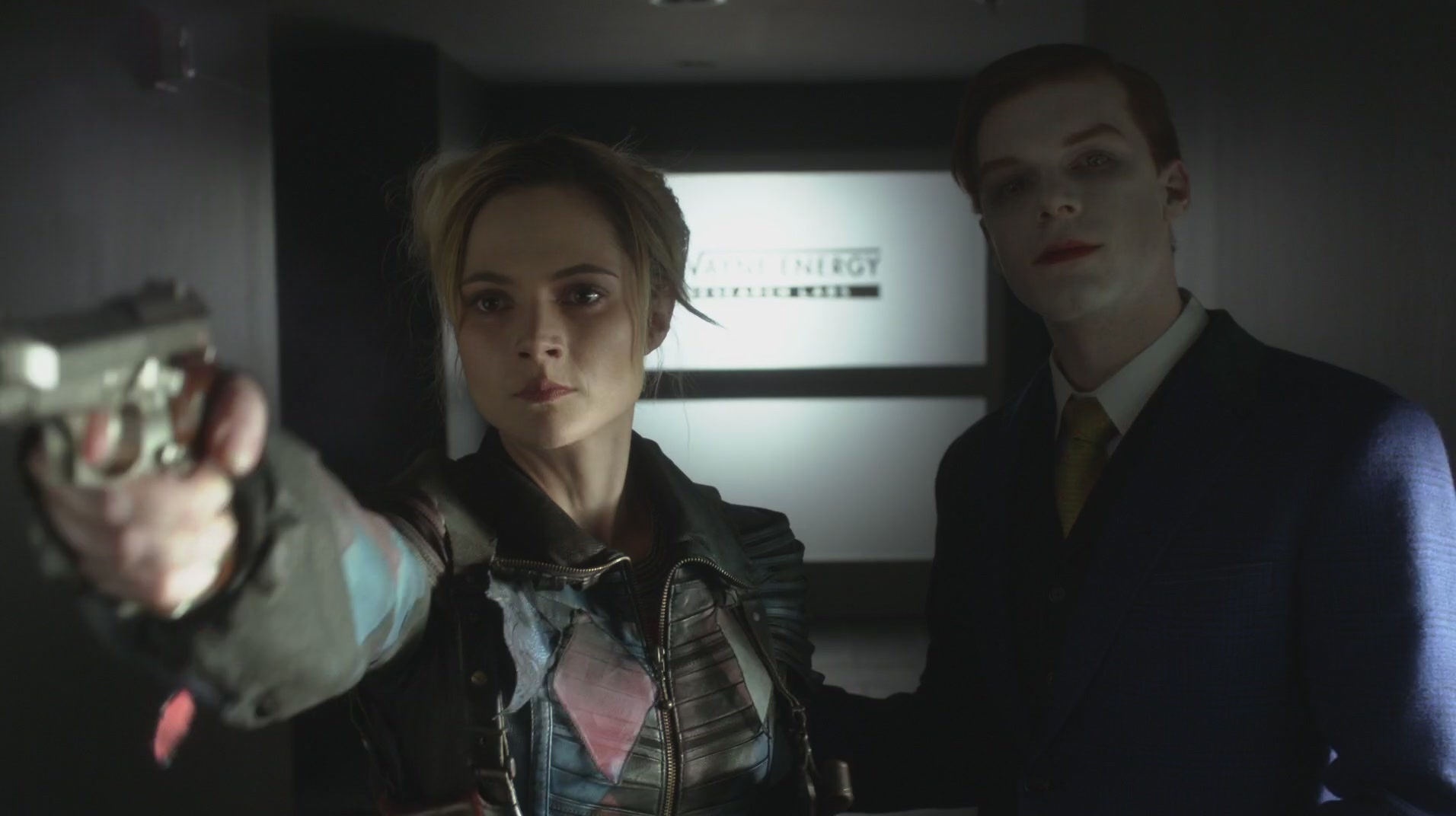 Cameron Monaghan and Francesca Root-Dodson in Gotham (2014)