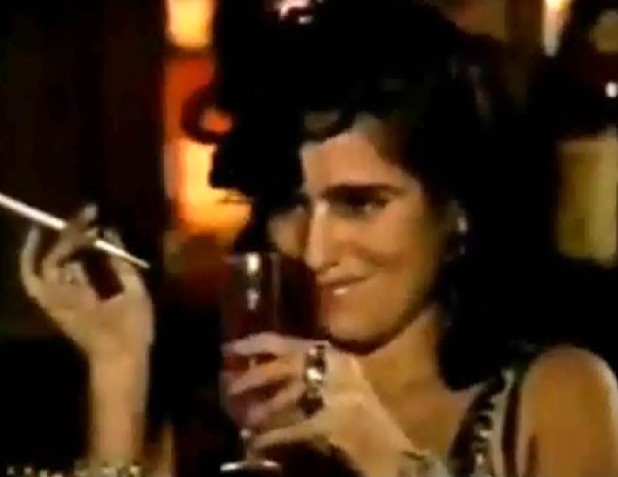 Glória Pires in Mico Preto (1990)