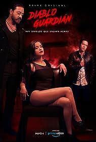 Andrés Almeida, Adrian Ladron, and Paulina Gaitan in Diablo Guardián (2018)