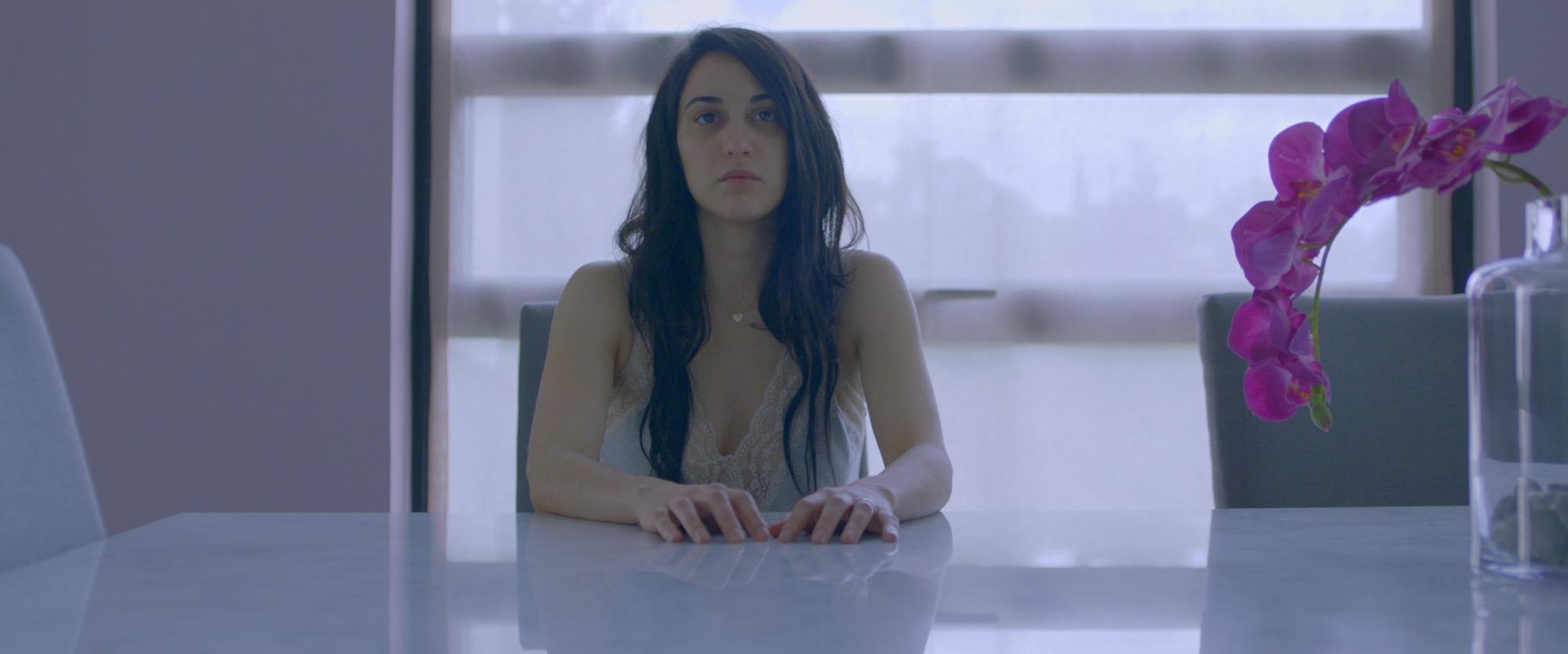 Anahi Davila in Dos Veces Tú (2018)