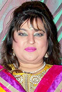 Dolly Bindra Picture