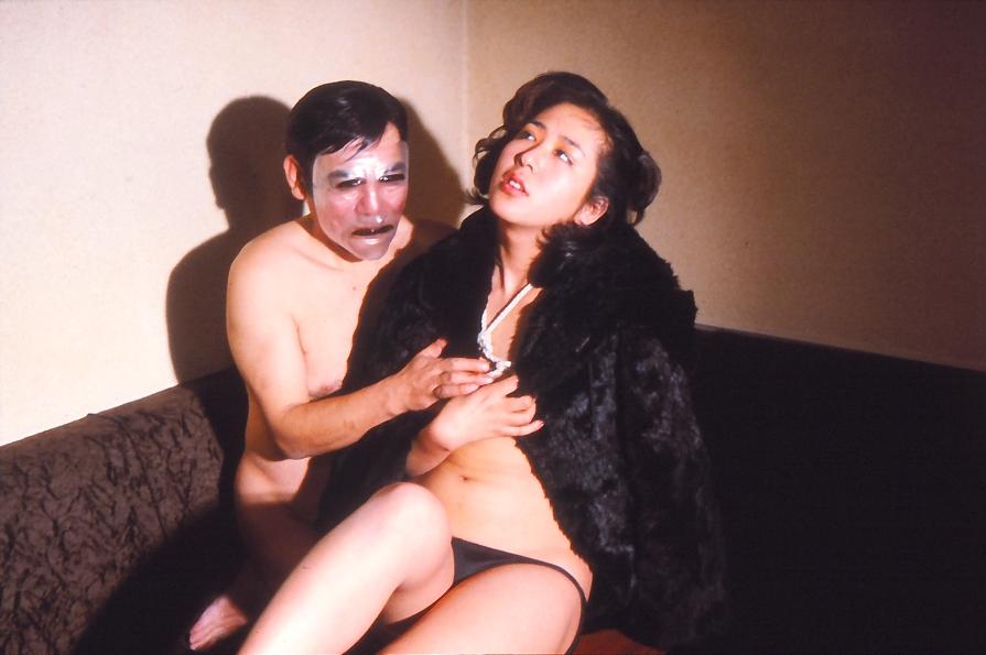 Chikan hentai densha ((1985))