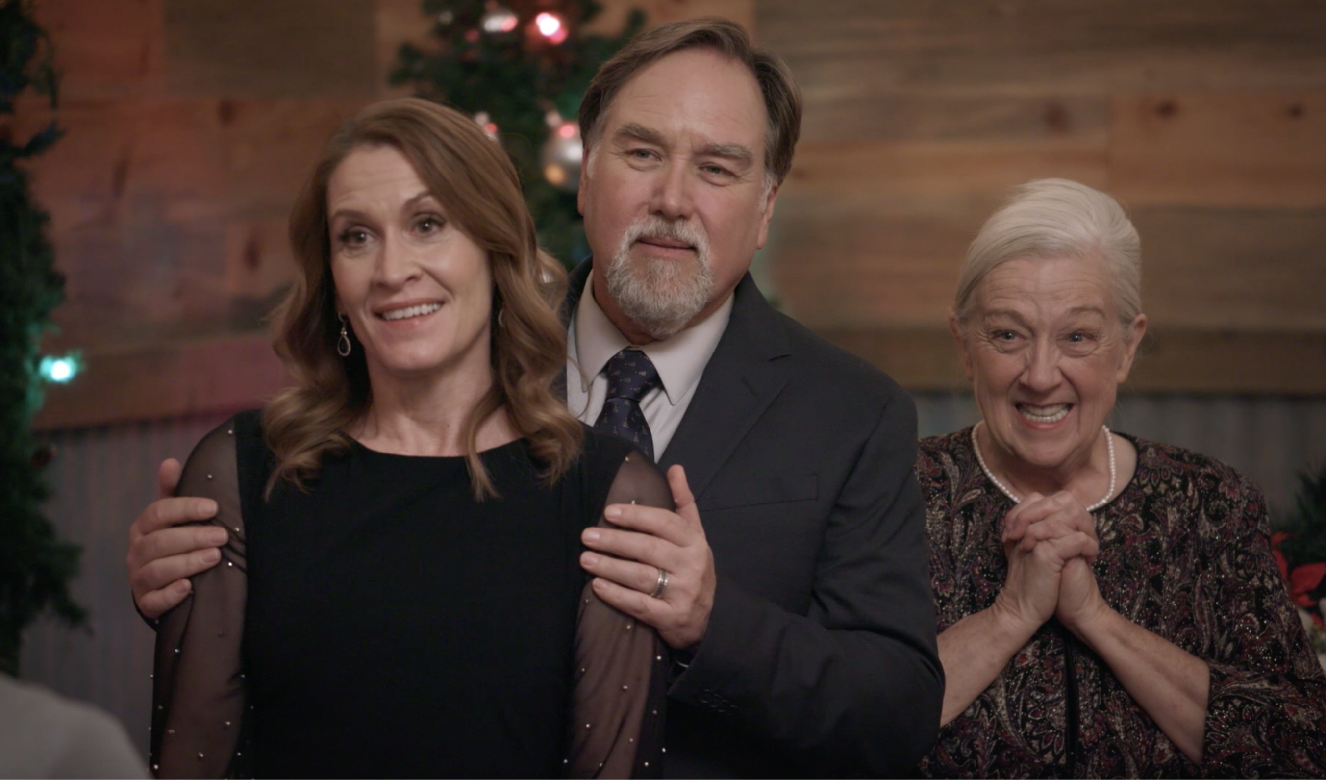 Barta Heiner, Richard Karn, and Charla Bocchicchio in Check Inn to Christmas (2019)